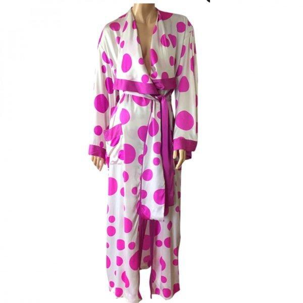 flora kung robe
