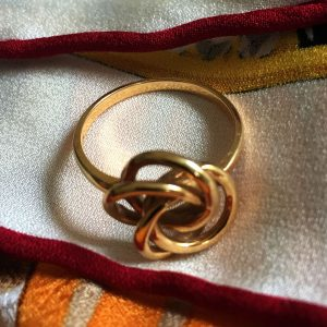 Triple Love Knot Ring @SelectionCoste