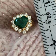 heart shape emerald diamond 18K ring @selectioncoste.com
