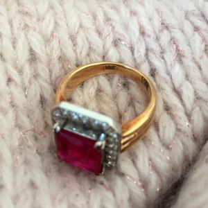 3-carat 18K ruby diamond ring @SelectionCoste.com